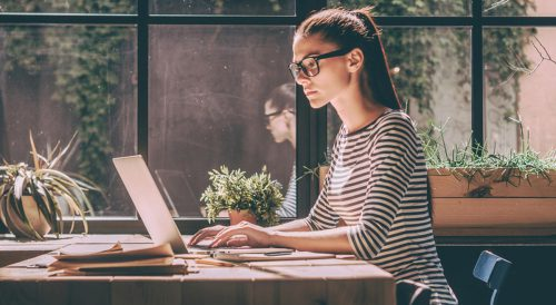 Tips to Successfully Managing Remote Employees  in 2021